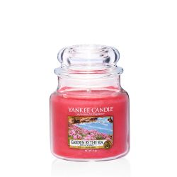 Scented candle Yankee Candle color pink   Garden By The Sea Medium Jar online price for sale:  24.90 €