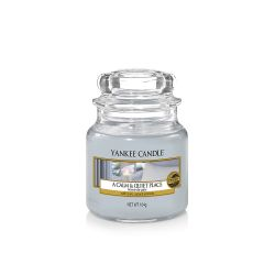 Scented candle Yankee Candle color light blue   A Calm & Quiet Place Small Jar online price for sale:  11.90 €