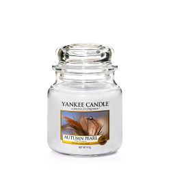 Scented candle Yankee Candle color grey   Autumn Pearl Medium Jar online price for sale:  24.90 €