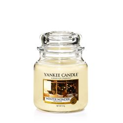 Scented candle Yankee Candle color beige   Winter Wonder Medium Jar online price for sale:  24.90 €