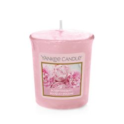 Scented candle Yankee Candle color pink   Blush Bouquet Votive Candle online price for sale:  2.65 €