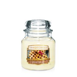 Scented candle Yankee Candle color yellow   Belgian Waffles Medium Jar online price for sale:  24.90 €