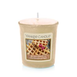 Scented candle Yankee Candle color yellow   2.65 €