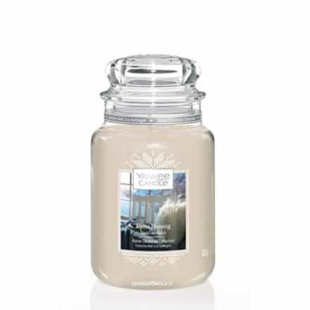Yankee Candle Scented candle white