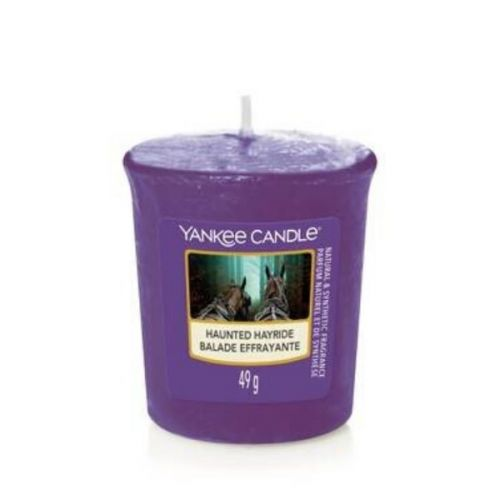 Yankee Candle Scented candle violet