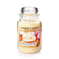 Scented candle Yankee Candle color yellow   Vanilla Cupcake Large Jar online price for sale:  29.90 €