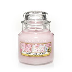 Scented candle Yankee Candle color pink   Snowflake Cookie Small Jar online price for sale:  11.90 €